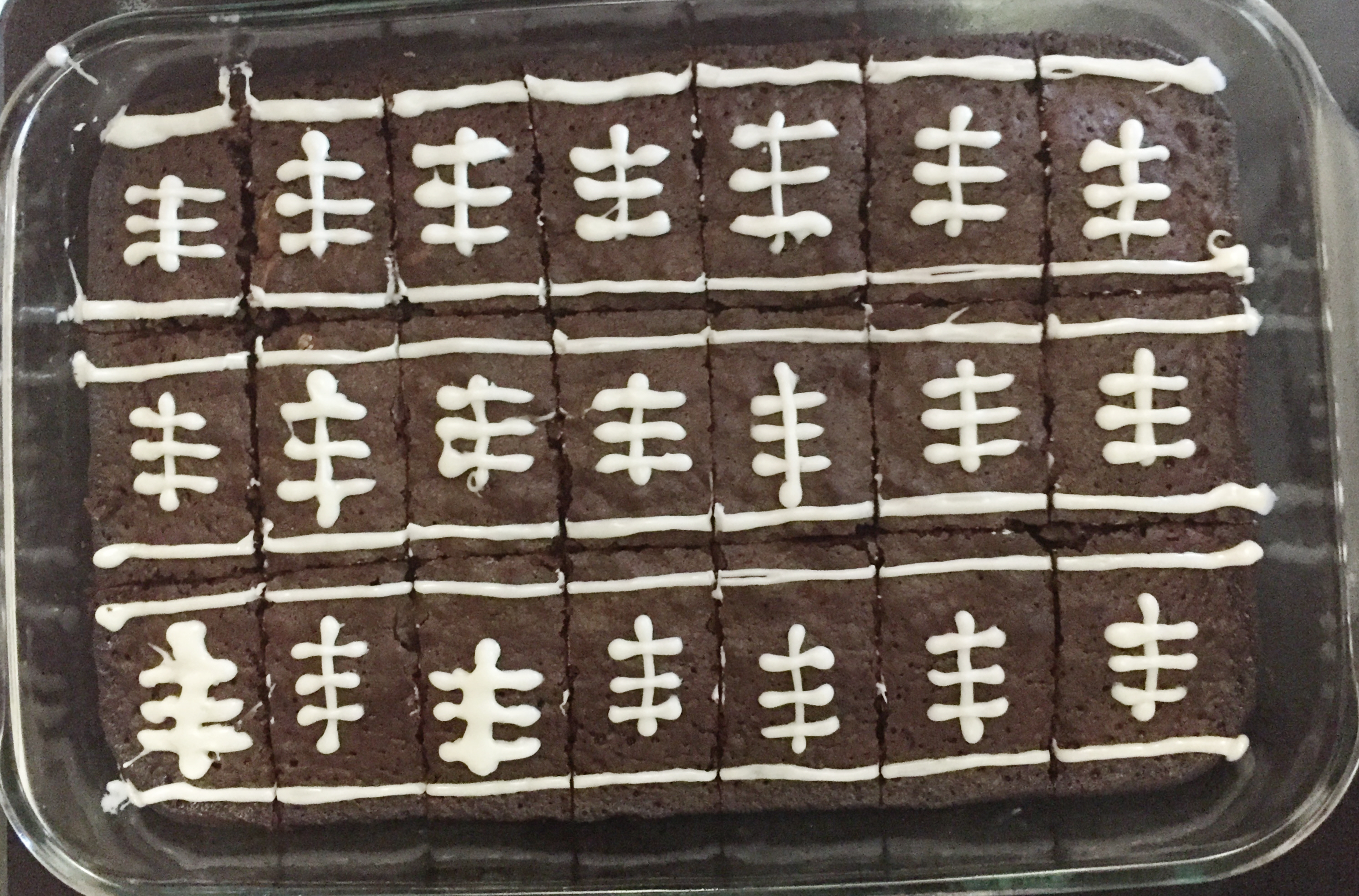 Football Brownies.jpg